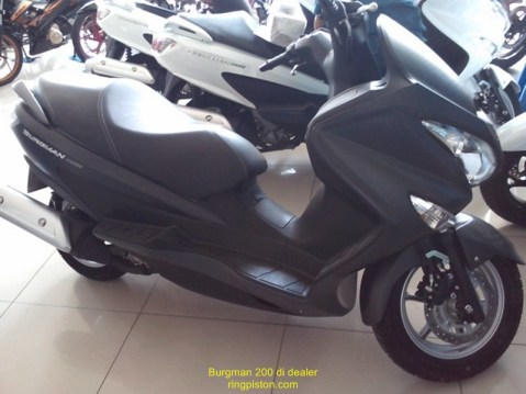 burgman-200-dealer-001 (2)
