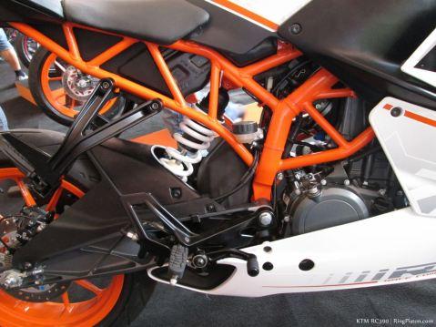 KTM-RC390-019