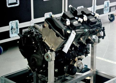moto2engine1