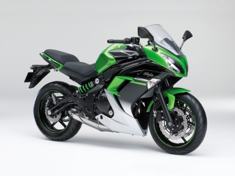 20150201_Ninja400_ABS_Special_Edition_EX400FFF_GRN_sltl