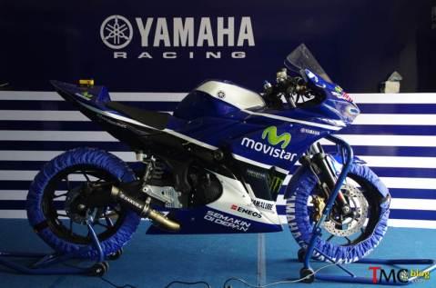 Yamaha-R25-Movistar-JL99-0009